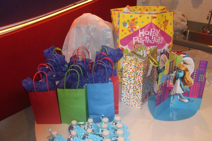 smurf gifts